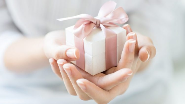 ایدههای خرید کادو تولد برای ردههای سنی مختلف