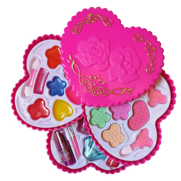 اسباب بازی لوازم آرایشی مدل قلبی